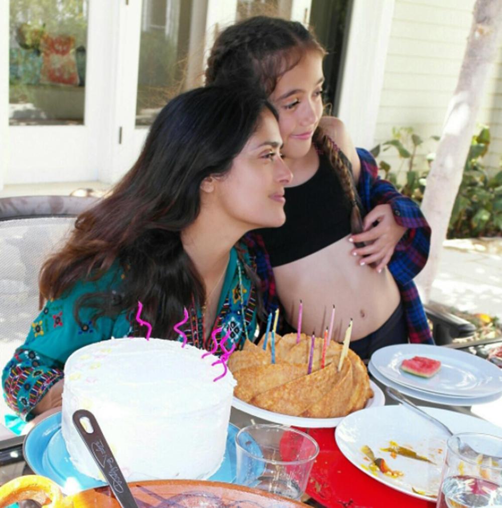 Salma Hayek celebra el cumpleaños de su hija con adorable video de cuando  era pequeña